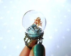 ring mermaid, mermaid ring, glass domes, crystal ball, mythic mermaid, accessori, snow globes, globe ring, jewelri