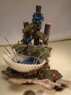 Scene Fairy Garden Fairy Seat on Shell Pond