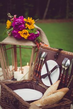 summer picnic, picnic time, fresh flowers, picnic for two, picnic baskets