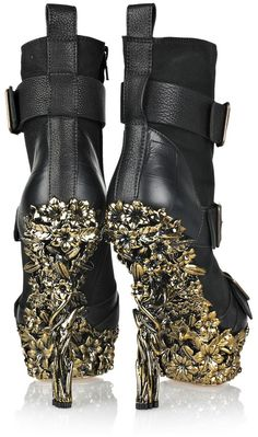 ALEXANDER MCQUEEN  Black Floral-engraved Leather Boots