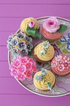 pretty cupcakes #weddingcupcakes #cupcakes  #wedding #weddingplanning #jevel #jevelwedding #jevelweddingplanning