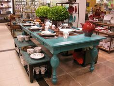 paint my kitchen table aqua? maybe?