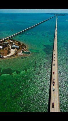 Seven Mile Bridge. Key West Florida
