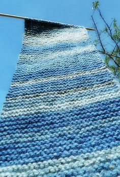 Conceptual Knitting... The idea here is that you knit a row every day in the color the sky is that day, for a year... A scarf and a journal at the same time!
