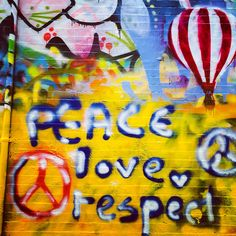 #graffiti #graffitialley #spraypaint #taggers #toys #peace #love