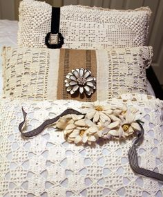 Itsy Bits and Pieces: Pillow Fun...