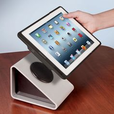 The Inductive iPad Charging System - Hammacher Schlemmer