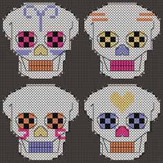 Craft with Ruth Cartwright: Free Dia de Muertos Day of the dead sugar skulls cross stitch PDF pattern