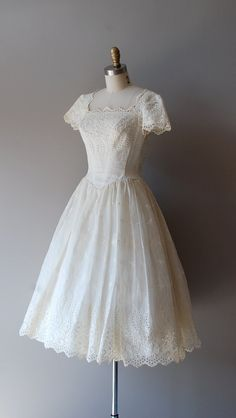 1940s eyelet embroidered dress