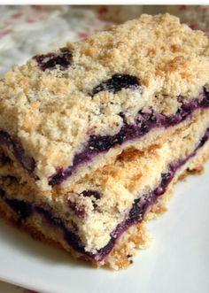 Easy blueberry crumb bars. #recipe #blueberry #dessert