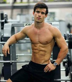 Will you be my workout buddy? #gay #hot #man #shirtless #abs #torso #sexy #sixpack #hunk #model #muscular