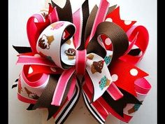 Great video on how to make a stacked boutique bow (mommycraftsalot)