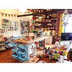 soulshinestudio studio spaces, organized art studios, craftroom, craft room