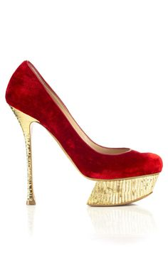 Nicholas Kirkwood Velvet Pump - I need this shoe...