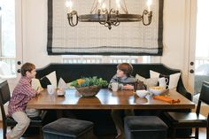 Banquette!!    Dana Wolter Interiors Graham Yelton Photography