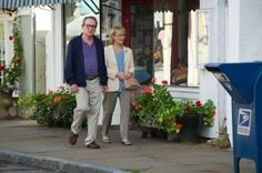 Yahoo just posted an EXCLUSIVE clip from #HopeSprings. Betcha won't be surprised to find that Arnold is grumpy as usual! http://yhoo.it/Nxm15q