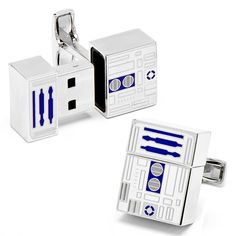 R2-D2 flash drive and cufflinks combo.
