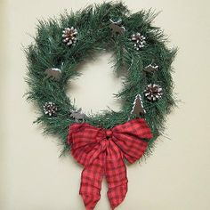 Go with a woodland theme this season with the Simple North Woods Wreath. It's absolutely darling!