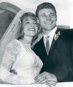 David and June Nelson   (Married: May 21, 1961) adventur, famous, ozzi, coupl, bride, david nelson, celebr, harriet, june nelson