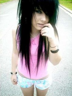 pretty emo girls with black hair