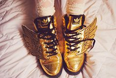 shoes, herm, wing, fashion chic, jeremi scott, adida, gold, sneakers, jeremy scott