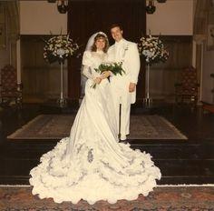 1980 39 s wedding dress on pinterest 1980s vintage wedding for Valerie bertinelli wedding dress