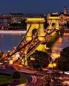 Szécheny Chain Bridge, Budapest, Hungary