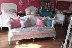 A little girly for my taste, but throw some black and gold and the pink, white and turquoise look would be complete!