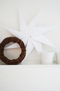A simple white star is all you need...