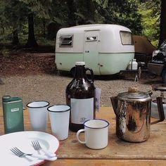 Vintage Boler Trailer    Camping Trip.