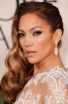 curls swept to side wedding hairstyles   Jennifer Lopez Hairstyles: Side-swept Long Curls for an Edgy Look