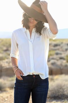 jeans style, white shirts, capeline hat, outfit, women jeans