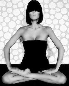 Yoga art lotus.. More inspiration at: http://www.valenciamindfulnessretreat.org