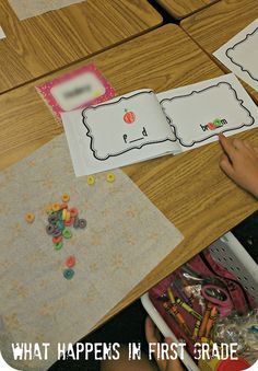 Phonics: oo with fruit loops!
