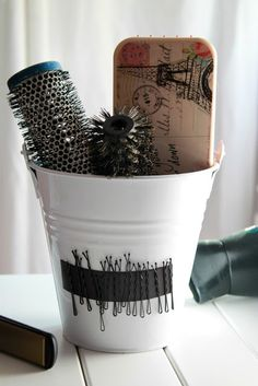 bobbi pin, hair tools, bobby pins, pot plants, brush, magnet, diy home, kid bathrooms, diy projects