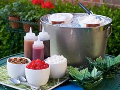 SUNDAE BAR! Fun and simple for all ages.