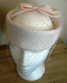 vintage hats   Pink BOW Topped PILL BOX by LandLockedCottage, $185.00