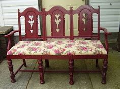 Don't care for the fabric, but I like the idea. Bench made out of chairs.