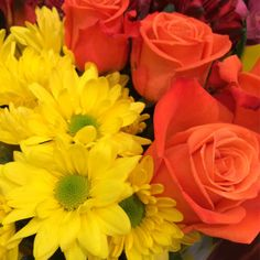 Yellow Daisies and Orange Roses, a perfect combination at our Pennsville store. #ACMEMarkets