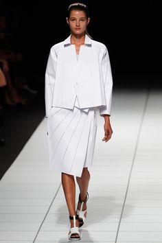 #IsseyMiyake #Spring2014 #Catwalk #trends #ParisFafhionWeek #Paris #SS2014 #white #blanco