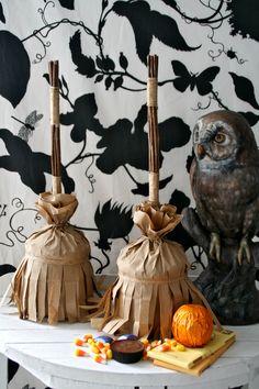 brown paper bags, treat bags, broom treat, bag disguis, witch broom, halloween parti