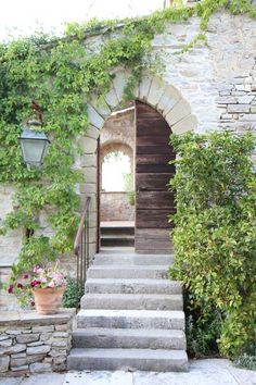 img9134jpg, italian door, green, buildings, front doors, gardens, apartments, entrance, stone houses