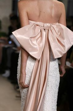 oscar de la renta bridal gown | spring 2011