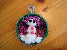 Christmas (lid) ornament craft...
