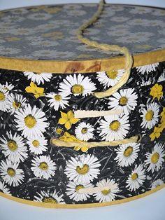 vintage daisy hat box.  love it!