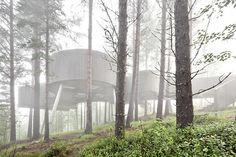 Viewpoint byCarl-Viggo Hølmebakk. Concrete/trees.