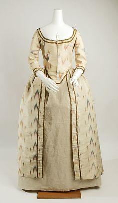 1775 British Silk Robe à la Polonaise ikat