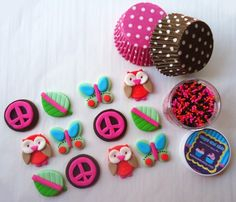 KidsCakes on Etsy does the best cupcake and cake toppers!