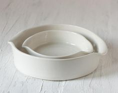 Baking Dishes in White