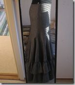 48 Skirt Tutorials. I want to make so many skirts on this page. This fishtail skirt, wrap skirt, burlesque bustle skirt, and victorian skirt.